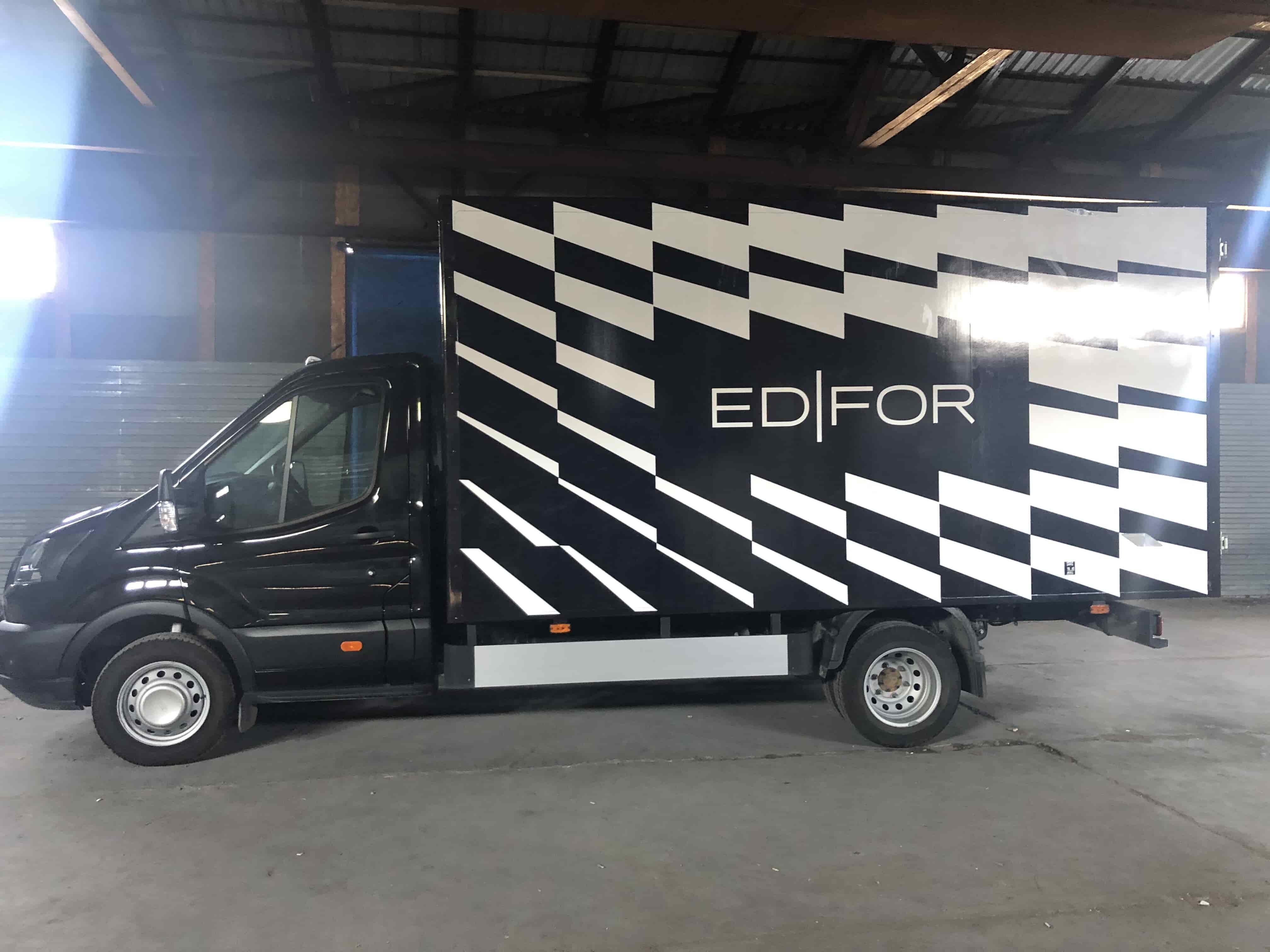 Брендирование грузового автомобиля